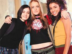 12 Reasons to Hope Early 2000's Fashion Doesn't Come Back