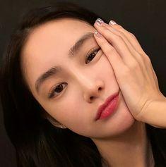Koreanbeautytips asian makeup, korean makeup, korean beauty tips, girls mak Makeup Inspo, Makeup Inspiration, Makeup Tips, Beauty Makeup, Makeup Ideas, Uzzlang Makeup, Monolid Makeup, Face Makeup, Hair Beauty