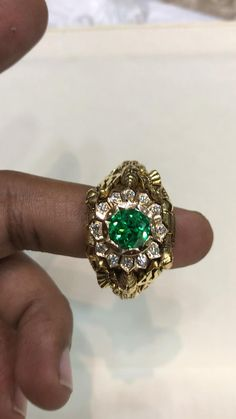 Gold Ring Designs, Gold Jewellery Design, Gold Jewelry, Antique Rings, Vintage Rings, Big Rings, Rings For Men, Gold Ring Indian, Stone Ring Design