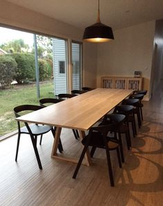 Large centrally supported dining table handmade from American Oak timber and matching sideboard by Eclipse Handcrafted Furniture Timber Dining Table, Outdoor Dining Furniture, Modern Dining Table, Dining Table Chairs, Brisbane, Melbourne, Timber Furniture, Vintage Furniture, Dining Room