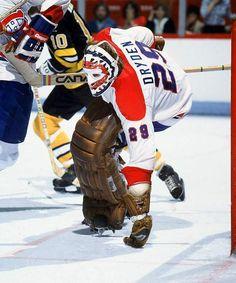 Ken Dryden, Montreal Canadiens One of the best damn goalies Ice Hockey Teams, Hockey Goalie, Hockey Players, Hockey Sport, Hockey Mom, Montreal Canadiens, Nhl, Montreal Hockey, Ken Dryden
