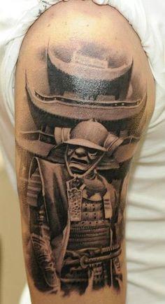 Tatuaje Hombro Realista Samurai Pagoda por Radical Ink
