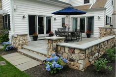 Cozy Outdoor Room - Home and Garden Design Idea's