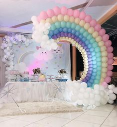 No photo description available. Unicorn Themed Birthday Party, Rainbow Birthday Party, Baby First Birthday, Birthday Balloons, First Birthday Parties, Birthday Party Decorations Diy, Girl Baby Shower Decorations, Deco Ballon, Rainbow Balloons
