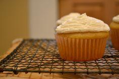 lemon cupcakes (vegan)