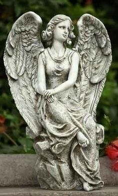 Napco Sitting Angel Statue 9 3 4 Long S Garden Statuary Makes It Easy To Add Art Your Outdoor Or Indoor E Crafted From High Qu