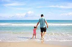 μπαμπάς-κόρη-παραλία