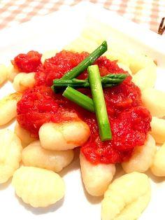 トマトソース作ってかけました。 - 15件のもぐもぐ - ニョッキ by imotomochi