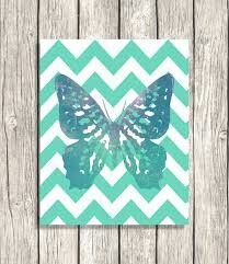 Butterfly wall art canvas. This would look really good if the.butterdly was done in flitter instead
