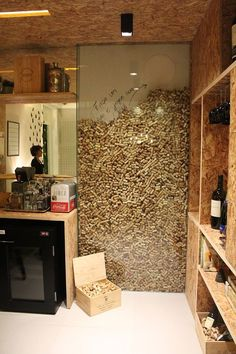 Inspiring Corkwall by Marcella Barcellar - House Decor Ideas 2019 Diy Home Decor Decoration Restaurant, Home Wine Cellars, Wine Cellar Design, Cork Wall, Wine House, Wine Cork Crafts, Wine Cork Projects, Wine Cork Art, Craft Projects