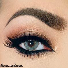 Eye liner tricks