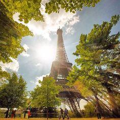 Coup de ❤️ du Jour 1000et1Paris.com -—--—--—--—- Credit photo : @mattscutt Partagez vos photos #1000et1Paris -—--—--—--—- #Paris #igersparis #instaparis #vacationparis #holidaysparis #1001paris #topofparis #parisoftheday