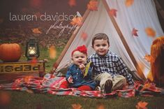 Fall photography set up ideas. Falling leaves with tent and camping . Photography Set Up, Photography Mini Sessions, Sibling Photography, Autumn Photography, Photo Sessions, Fall Children Photography, Halloween Mini Session, Halloween Pictures, Fall Pictures