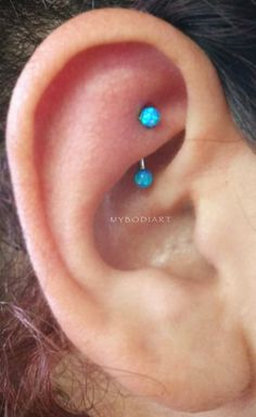 Simple Cute Rook Ear Piercing Ideas for Teens Girls for Women Blue Opal Ball Cur… – Jewelry:Choosing - GoHairstyles Barbell Earrings, Daith Earrings, Emerald Earrings, Crystal Earrings, Jewelry For Her, Ear Jewelry, Body Jewelry, Jewlery, Ear Piercings Rook