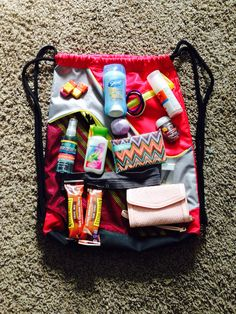 Things you must pack for an amusement park!