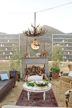 the open-air reception Recreate your dream living space in the middle of an open field. This stunning living room setup invites an evening of warm conversation and unparalleled comfort.