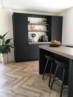 Kitchen Room Design, Kitchen Interior, Kitchen Decor, Black Kitchens, Home Kitchens, Luxury Interior, Home Interior Design, My House Rules, Küchen Design