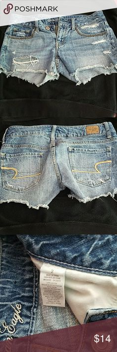 American eagle shorts Embellished shorts with rhinestones. Size 2 American Eagle Outfitters Shorts Jean Shorts