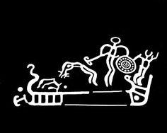 Hoppende rituelle danse?  På svenske helleristninger ser vi skjoldene i brug i religiøse handlinger. Selv om skjolde almindeligvis betragtes som en del af våbenudstyret, er der ikke tvivl om, at helleristningerne viser, at skjolde anvendes i rituel sammenhæng. På helleristningsskibet fra Hede ser vi eksempelvis to mænd, der holder et skjold, og næsten danser med det. Ved siden af skjoldbærerne ses akrobatiske dansere. Måske blev skjoldene brugt som symboler på solen?  Eksperimenter med…