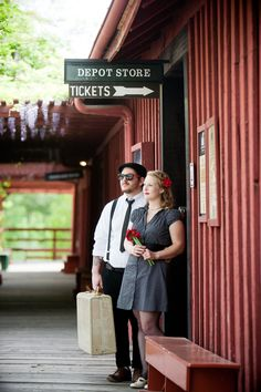 Retro engagement shoot // joleen willis photography, great for save the dates. Engagement Shots, Engagement Couple, Engagement Pictures, Engagement Ideas, Retro Photography, Couple Photography, Engagement Photography, Photography Projects, Vintage Groom