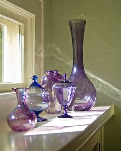 collection of a spectrum of purple vases from Design Sponge Purple Home, Shades Of Purple, Magenta, All Things Purple, Purple Stuff, Purple Reign, Purple Glass, Glass Collection, Glass Art
