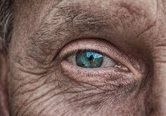 Trendy eye close up photography window ideas Dry Eyes Causes, Eye Damage, Eye Close Up, Check Up, Close Up Photography, People Photography, Photography Portraits, Window Photography, Korean Skincare