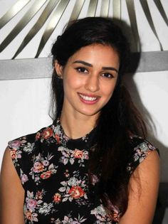 Rumoured lovebirds Tiger and Disha are finally together Beautiful Indian Actress, Beautiful Actresses, Beautiful Women, Beauty Pageant Dresses, Disha Patni, Beauty Killer, Indian Celebrities, India Beauty, Girl Photography