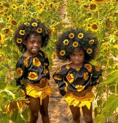 Yesterday we visited this sunflower field. The girls had a blast! The highlight of my day was meeting sweet SJ Black Power, Darkskin Babies, Boho Outfits, Kids Outfits, Summer Dresses Sale, Black Kids Fashion, Curls For The Girls, Cute Baby Videos, Black Dress With Sleeves