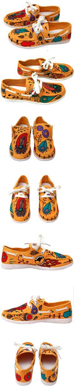 Nuevas Sneakers customizadas p.nitas* #sneakers #zapatillas #bambas #custom #personalizadas #handpainted #pintadoamano #fashion #love #Colorfull #Illustration #ilustracion #design #feminism #feminismo
