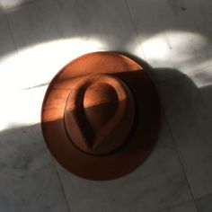#shadow #wind #hat