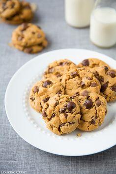 Flourless Creamy Peanut Butter Chocolate Chip Cookies