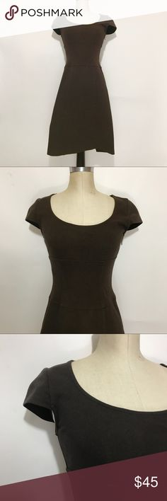 DVF Domino Tube Dress Diane Von Furstenberg brown cap sleeved dress. Cotton with lots of stretch. Band in the middle accentuates your waist and gives a beautiful silhouette. Size 4. EUC. Diane Von Furstenberg Dresses