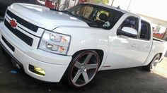 #MannyPostMyShit Bagged Trucks, Cool Trucks, Chevy Trucks, Silverado Crew Cab, Chevrolet Silverado, Chevy Pickups, Diesel Engine, Cars And Motorcycles, Dream Cars