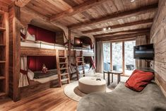 The lovingly designed interior lends the suite Mausefalle its unique charm. A special haven for young & old – to play, have fun or simply to enjoy. The suite comes with a Wii and Playstation PS 4.   #hahnenkamm #hahnenkammlodge #kitzbühellodge #lodge #luxurychalets #luxurylodge