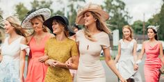Premium Derby Hats for Men and Women - Festa estiva Kentucky Derby Outfit, Kentucky Derby Fascinator, Katie Holmes, Atelier Versace, Julia Roberts, Derby Outfits, Derby Party, Urban Chic, Summer Parties