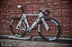 """"""" One of Fairwheel's other projects was a very special Parlee aero frame, turned into a three-speed fixed gear with an internal rear hub. """" Sorry I hate ugly 'watermarks' but this bike is great."""