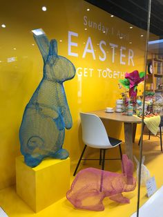 #JohnLewis #Easter #ShopperMarketing #Retail #POS #PointofSale #Shopping #Design #StoreDesign #PassionateAboutPOS #InstoreCommunications #Instore #POP #2018 Window Display Design, Shop Window Displays, Store Displays, Showroom Interior Design, Boutique Interior, Visual Merchandising Displays, Visual Display, Vitrine Design, Art Studio Design