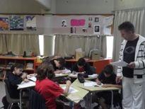 Δημοτικό Σχολείο Κολλεγίου Αθηνών 5β-Η πέμπτη και η έκτη δημοτικού ασχολήθηκαν με την προτεινόμενη δραστηριότητα «Φωνές της Αλλαγής» και με το ρόλο του δασκάλου σε αναπτυσσόμενες χώρες όπως η Ινδία, καθώς και με την ανάλυση του δοκιμίου του Αλ. ελμούζου, «Το Ανθρωπιστικό Ιδανικό»