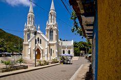 Basílica de la Virgen del Valle en Margarita by mapatinom, via Flickr