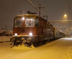 Train Suisse, Swiss Railways, Trains, Snow, Train, Eyes
