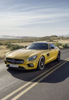 Mercedes AMG GT.Luxury, amazing, fast, dream, beautiful,awesome, expensive, exclusive car. Coche negro lujoso, increible, rápido, guapo, fantástico, caro, exclusivo.