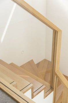 43 Affordable Glass Staircase Design Ideas - My Design Fulltimetraveler Timber Staircase, New Staircase, Interior Staircase, Stair Handrail, Staircase Design, Railings, Balustrades, Glass Balustrade, Traditional Staircase