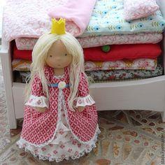 Купить Принцесса на горошине - розовый, вальдорфская кукла, Принцесса на горошине, принцесса, кроватка, сказка, шерсть