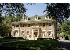 Stone house in Kansas City, MO. I Love House, My Dream Home, Dream Homes, Stone Houses, Historic Homes, Old Houses, Kansas City, Beautiful Homes, Home And Family