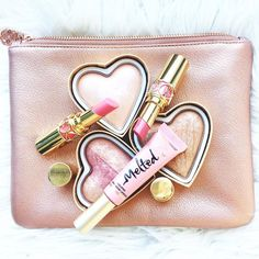 Online shopping for Premium Beauty from a great selection at Beauty & Personal Care Store. Drugstore Makeup, Eyeshadow Makeup, Eyeliner, Luxury Beauty, Beauty Shop, Charlotte Tilbury Lipstick, Michelle Phan, Luxury Nails, Beauty Packaging