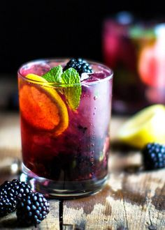 BLACKBERRY LEMON GIN & TONIC