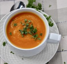 Carrot and Ginger Soup with seasonal carrots for best flavour, pureed until silky smooth with fresh ginger for added heat and flavour. Carrot And Ginger, Fresh Ginger, Ginger Soup Recipe, Vegan Vegetable Soup, Hot Chili Oil, Onion Bread, French Baguette, Asparagus Soup
