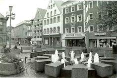 Amberger Marktplatz. Das ist noch der alte Brunnen als ich noch klein war