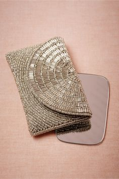 Metallurgy Compact from BHLDN Beaded Clutch, Beaded Purses, Beaded Bags, Bridal Accessories, Fashion Accessories, Moderne Outfits, Clutch Purse, Gold Clutch, Beautiful Bags