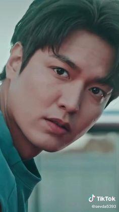 Lee Min Ho Funny, Lee Jong Suk Funny, Lee Jong Suk Wallpaper Iphone, Wallpaper Lockscreen, Asian Actors, Korean Actors, Legend Of The Blue Sea Kdrama, Le Min Hoo, Jungkook Abs